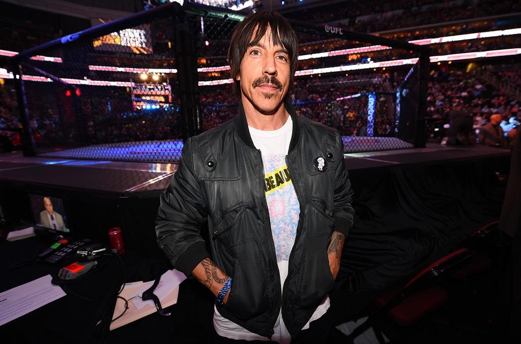 Anthony Kiedis in Newark