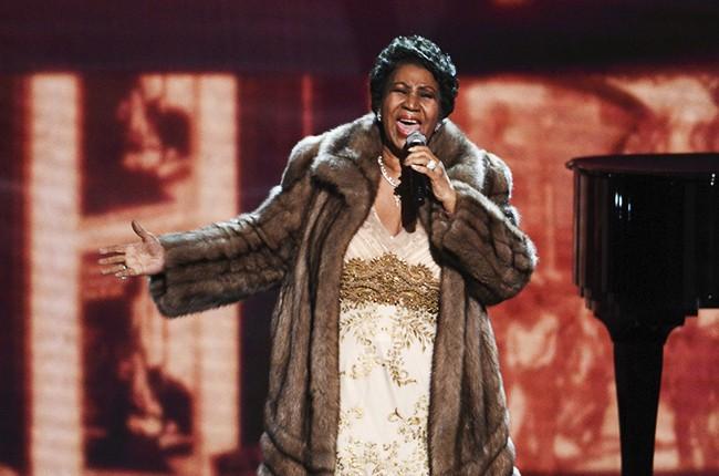 Aretha-Franklin-Kennedy-Center-Honors-2015-billboard-650