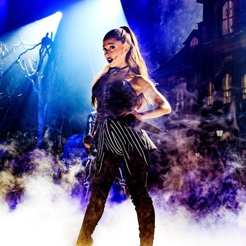 Ariana Grande, halloween 2015