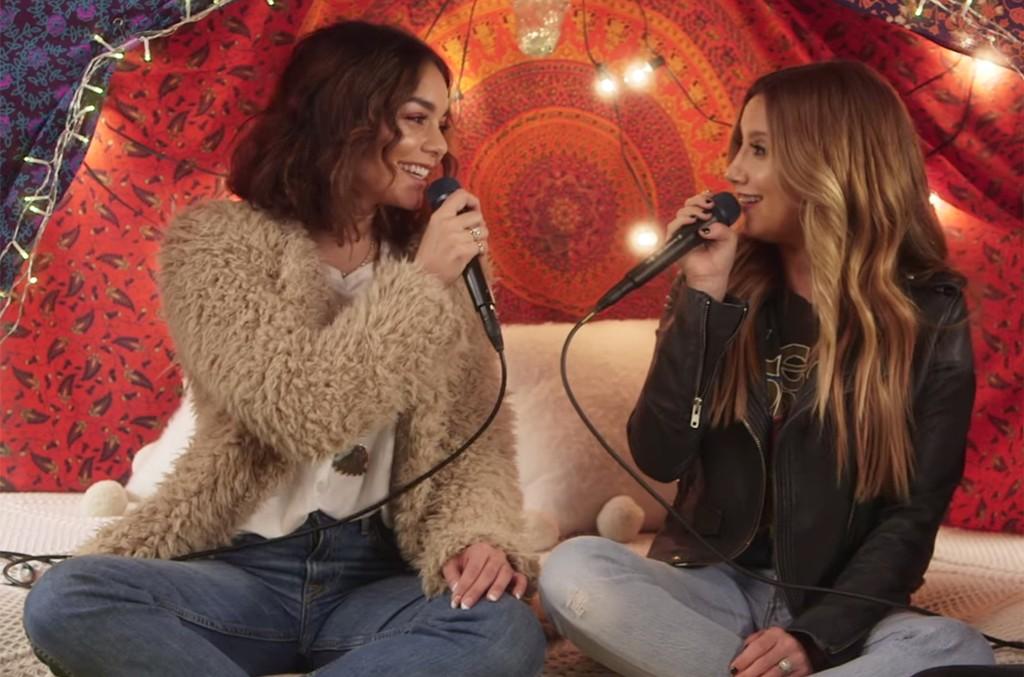 Vanessa Hudgens and Ashley Tisdale