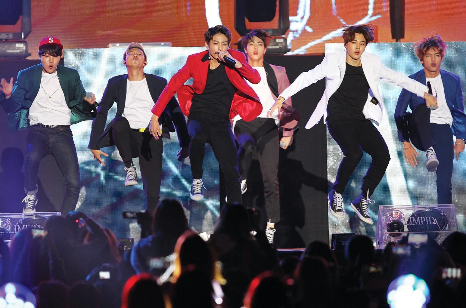 How Korean Boy Band BTS Broke a U.S. K pop Chart Record â ...