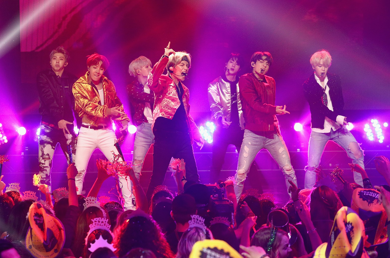 Watch Bts New Year S Rockin Eve Performance In Hollywood Billboard