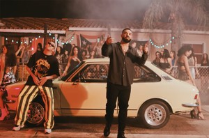 Bad Bunny Drake S Mia Is First Spanish Track To Hit No 1 On Apple Music S U S Top Songs Chart Billboard