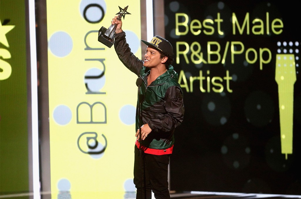 Bruno Mars accepts the award for Best Male R&B/Pop Artist onstage at 2017 BET Awards at Microsoft Theater on June 25, 2017 in Los Angeles.
