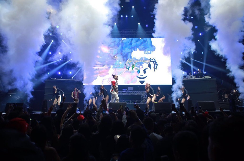 Bryant Myers performs at the Latin Trap Festival in Chile on July 9, 2017.