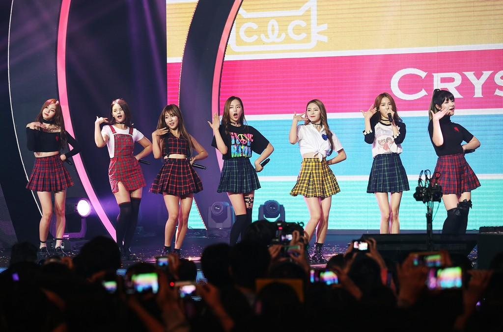 CLC performs at MTV Asia Music Stage on Sept. 4, 2016 in Taipei, Taiwan.