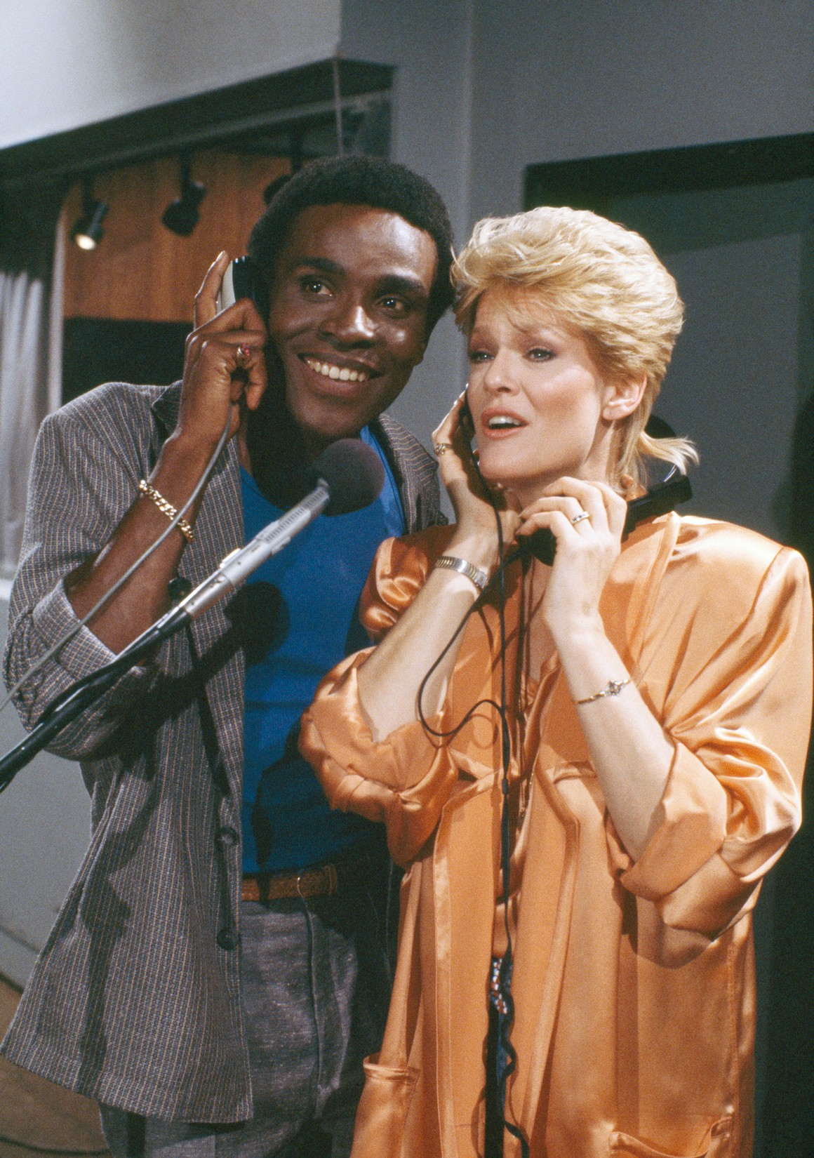 Carl Anderson and Gloria Loring as Liz Chandler Curtis in Days of Our Lives.