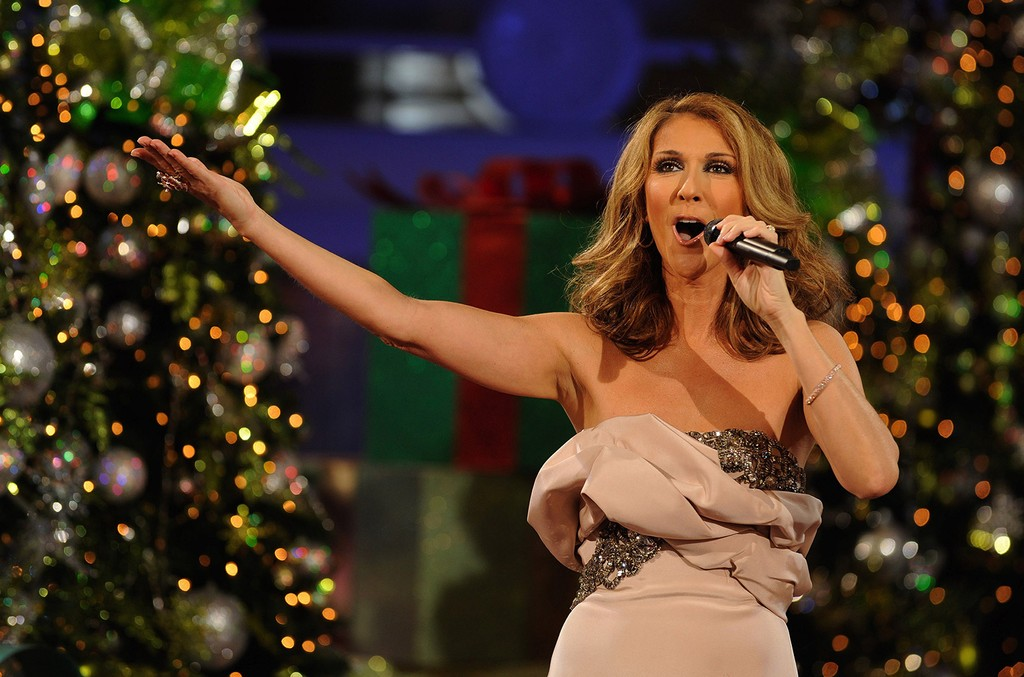 """Celine Dion performs at Disney's Grand Floridian Resort & Spa hotel Dec. 4, 2009 in Lake Buena Vista, Florida, while taping the """"Disney Parks Christmas Day Parade"""" holiday TV special."""
