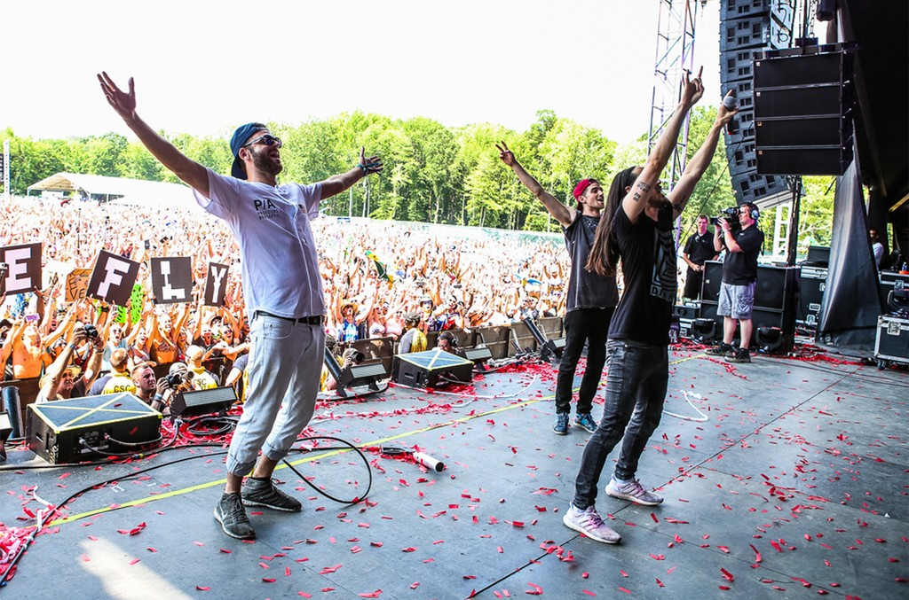 The Chainsmokers and Steve Aoki