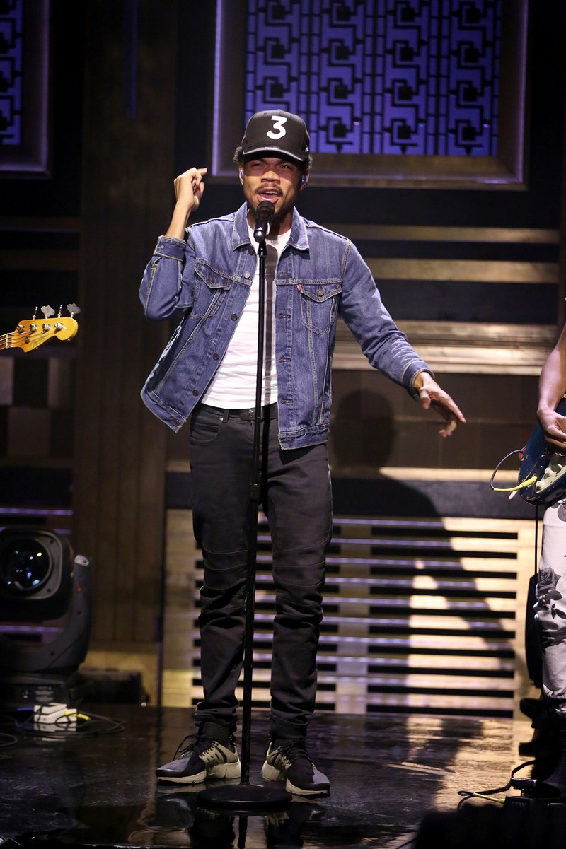 Chance the Rapper performs on The Tonight Show Starring Jimmy Fallon on Oct. 3, 2016.