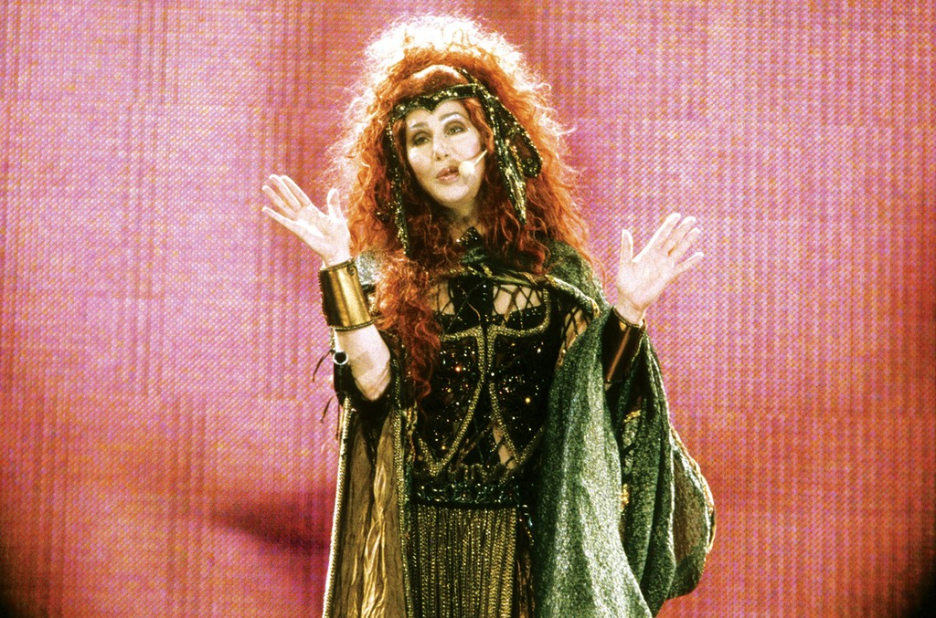 Cher onstage in Seattle in 1999.