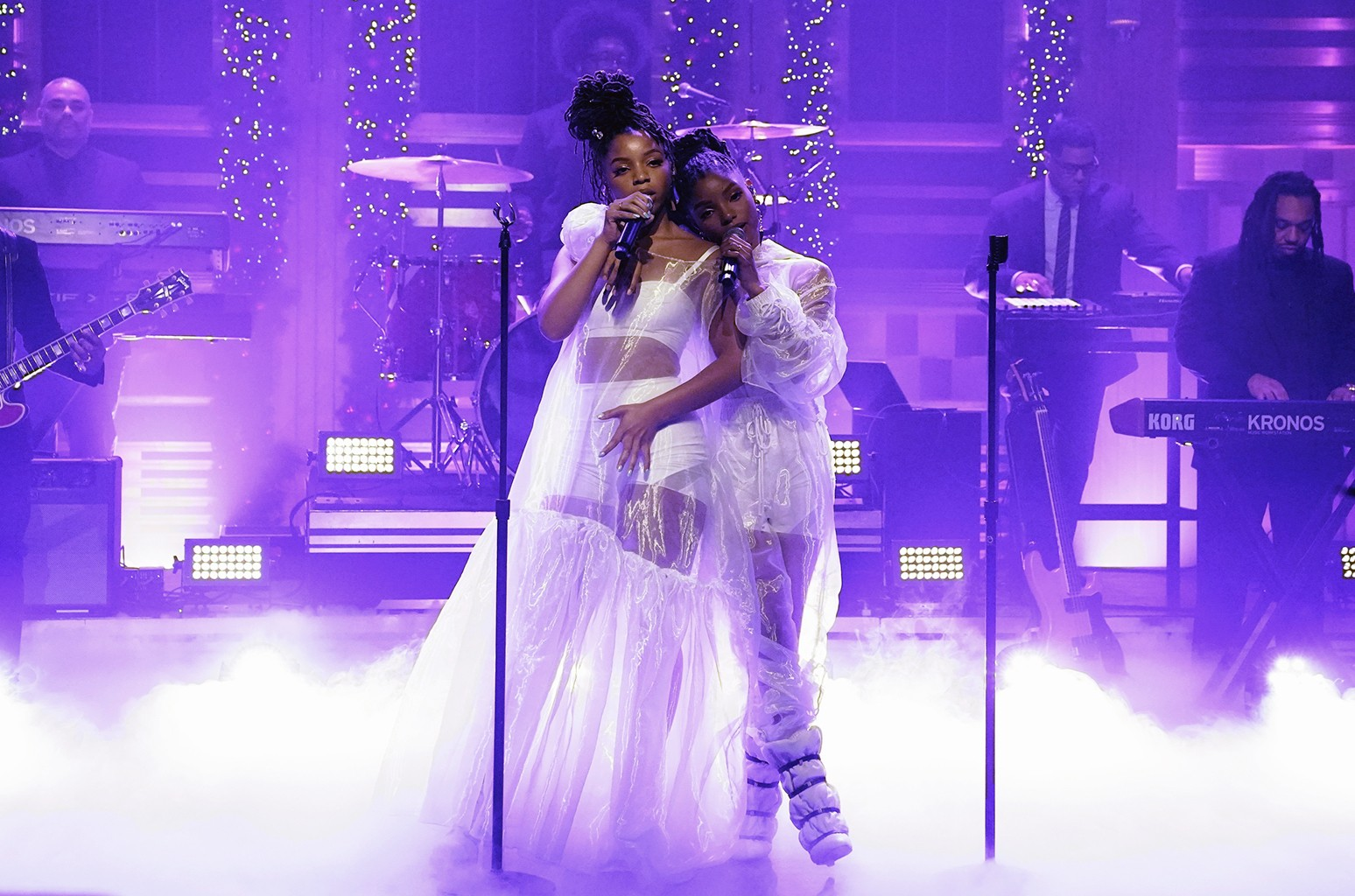 Chloe X Halle performs with The Roots on The Tonight Show Starring Jimmy Fallon on Dec. 13, 2018.