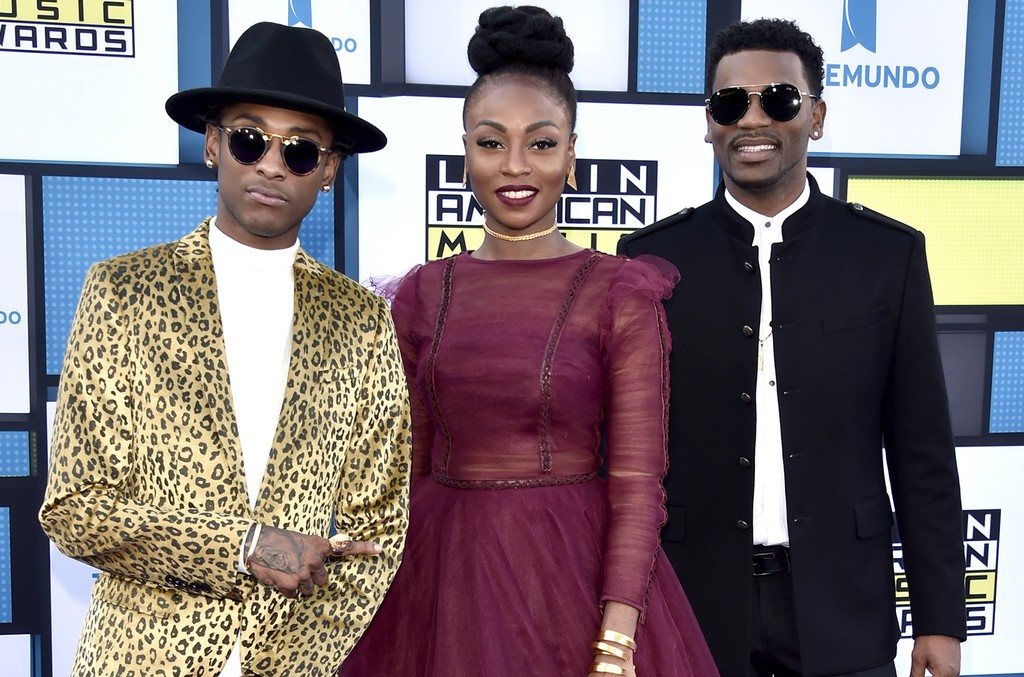 ChocQuibTown arrive at the 2016 Latin American Music Awards at the Dolby Theater in Los Angeles on Oct. 6, 2016