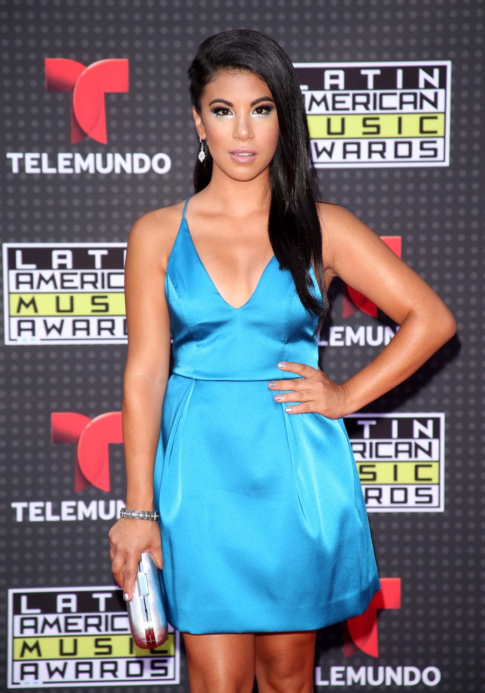 Chrissie-Fit-red-carpet-Latin-American-Music-Awards-2015