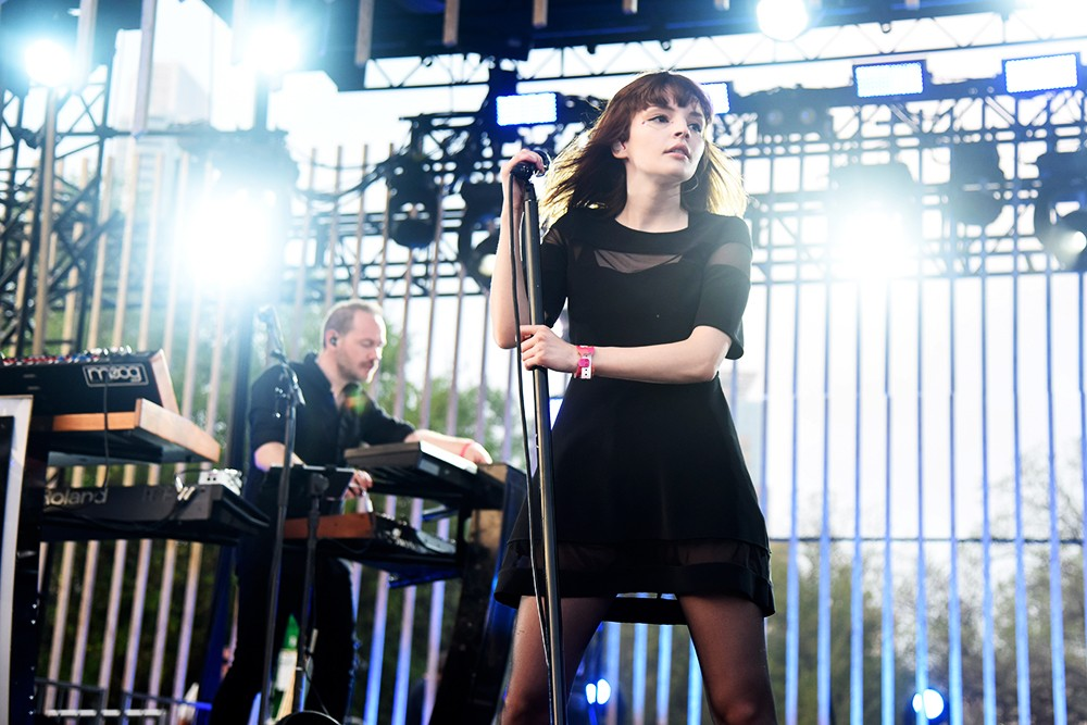 Iain Cook and Lauren Mayberry of Chvrches