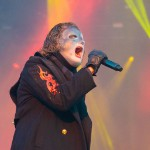 Slipknot's Corey Taylor Debuts Terrifying New Mask at Band's First Show in Over a Year thumbnail