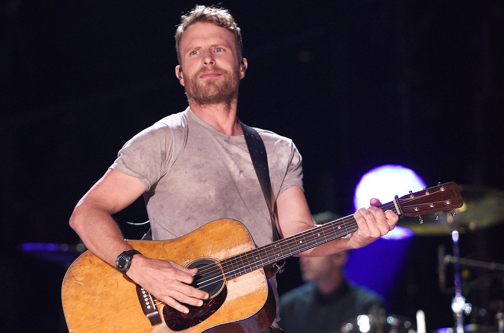 Dierks Bentley performs during the 2017 CMA Music Festival on June 8, 2017 in Nashville, Tenn.