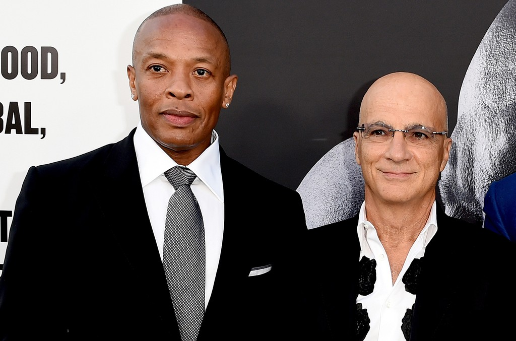 "Dr. Dre and Jimmy Iovine arrive at the premiere screening of HBO's ""The Defiant Ones"" at Paramount Studios on June 22, 2017 in Los Angeles."