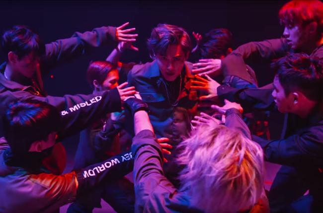 EXO_Monster_MV_Kpop2016_650