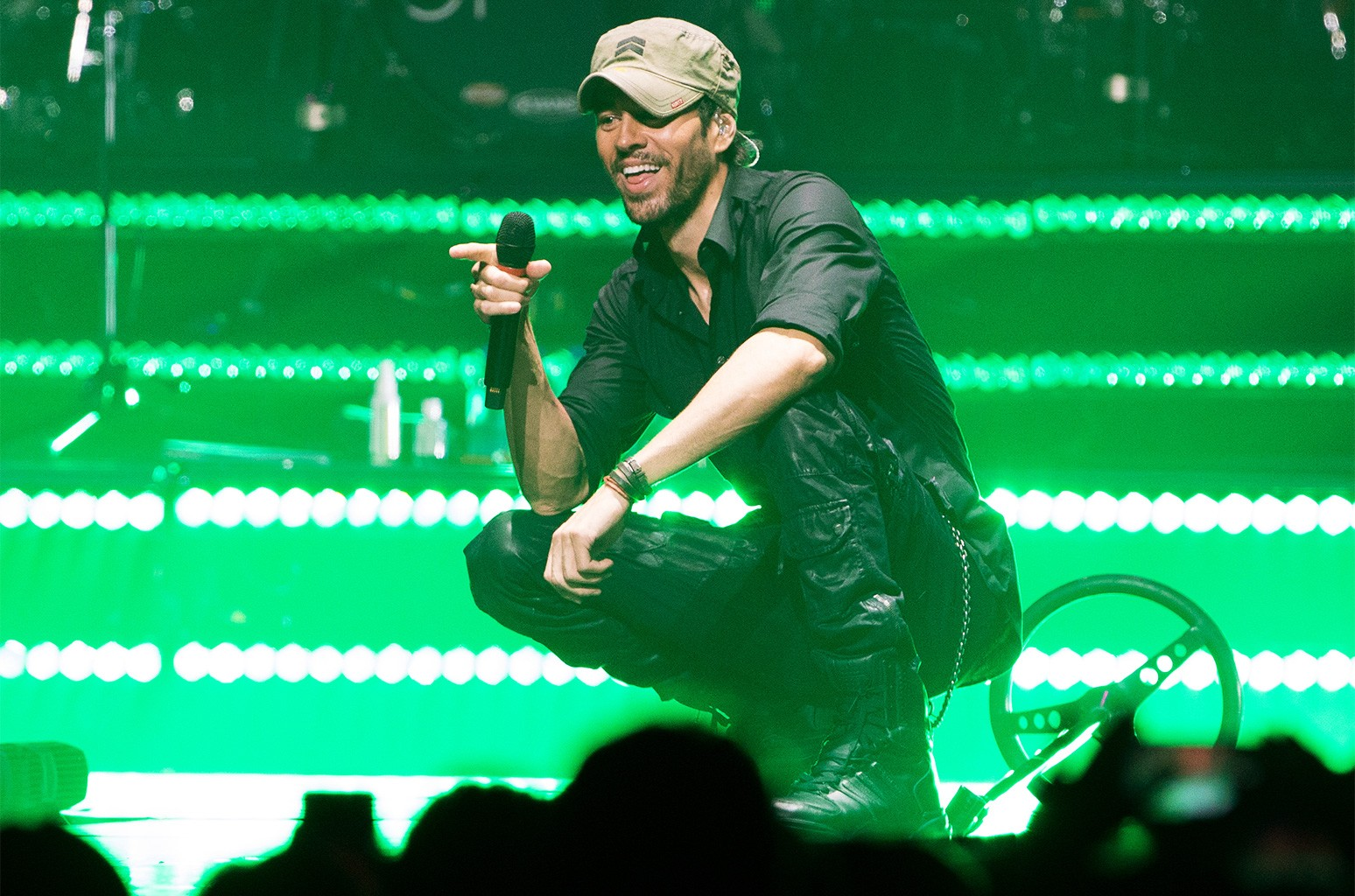 Enrique Iglesias performs on stage at the American Airlines Arena on June 23, 2017 in Miami, Florida.