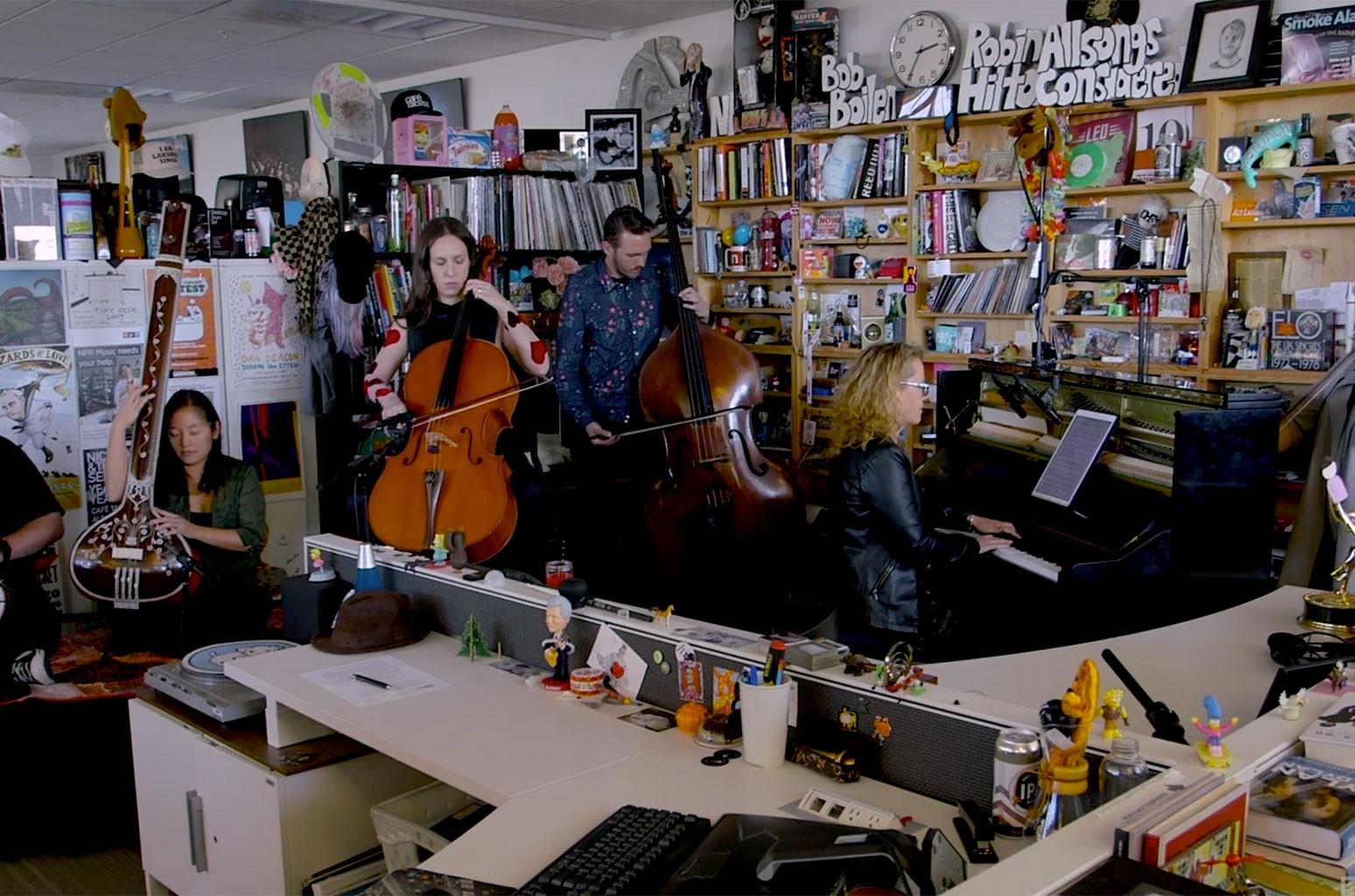 Ensemble Signal Plays Jonny Greenwood