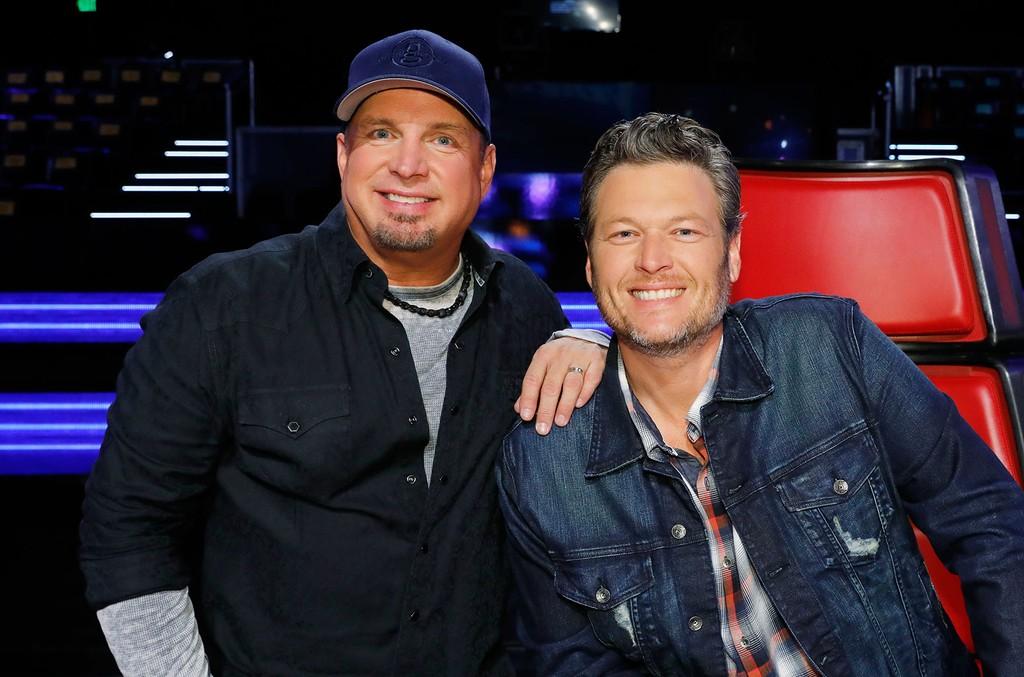Garth Brooks and Blake Shelton