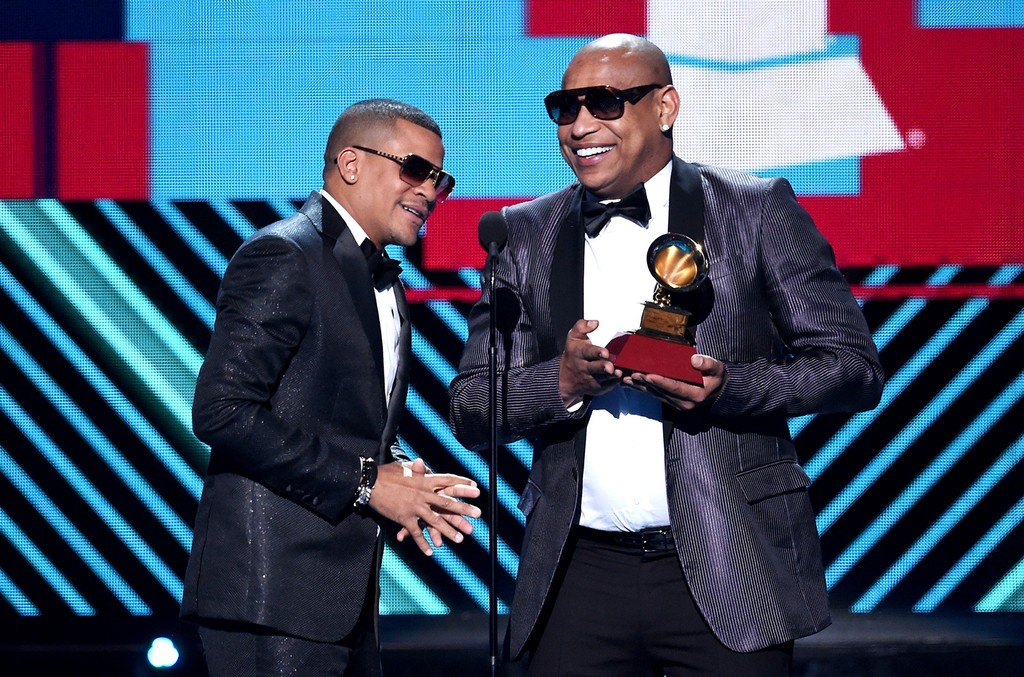 Gente de Zona accept the award for Best Tropical Fusion Album onstage during The 17th Annual Latin Grammy Awards at T-Mobile Arena on Nov. 17, 2016 in Las Vegas.