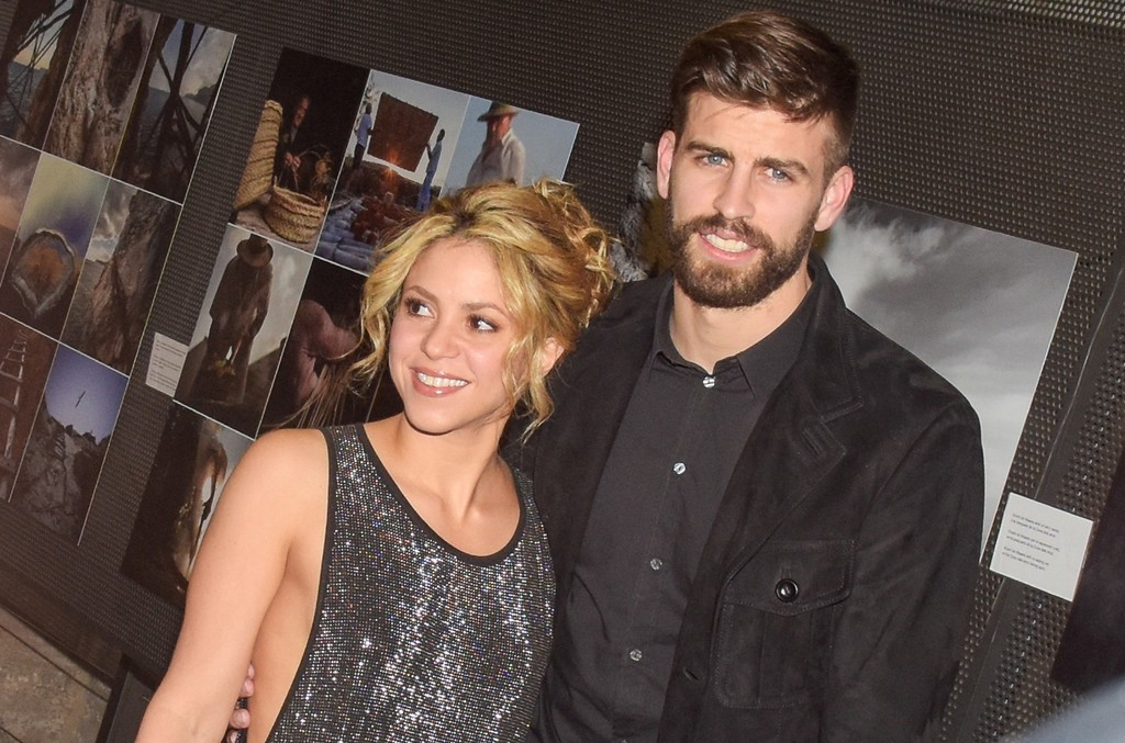 Gerard Pique and Shakira attend the 'Festa De Esport Catala 2016 Awards' on Jan. 25, 2016 in Barcelona, Spain.