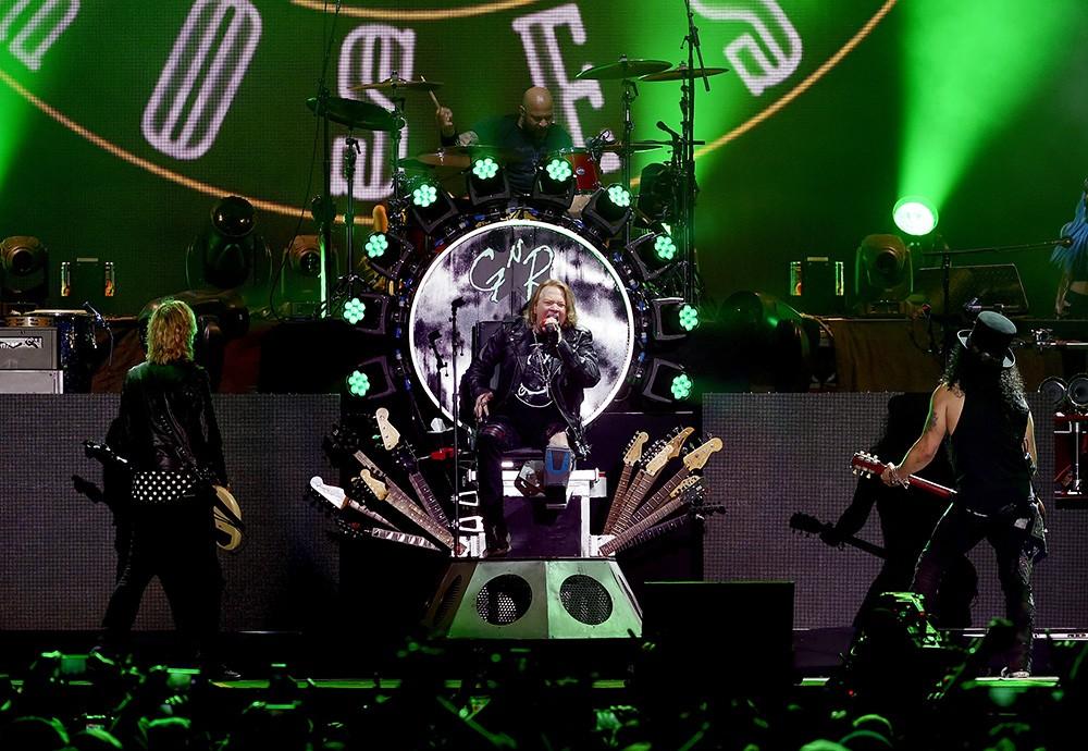 Duff McKagan, Axl Rose, Frank Ferrer and Slash of Guns N' Roses