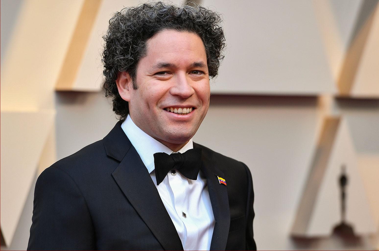Gustavo Dudamel To Head LA Philharmonic For 5 More Years