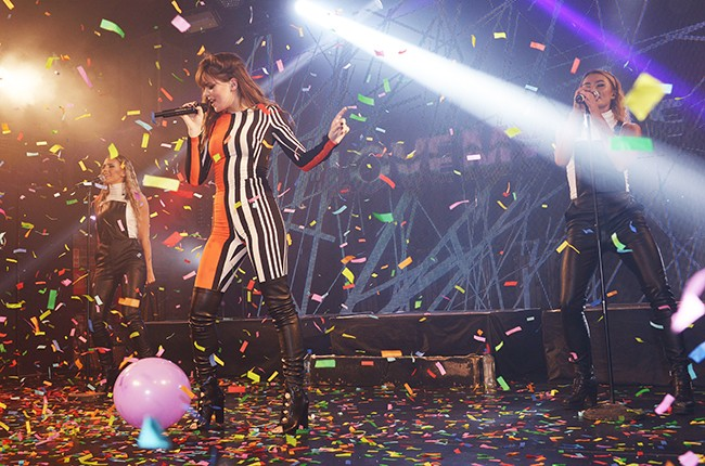 Hailee Steinfeld in concert at G-A-Y