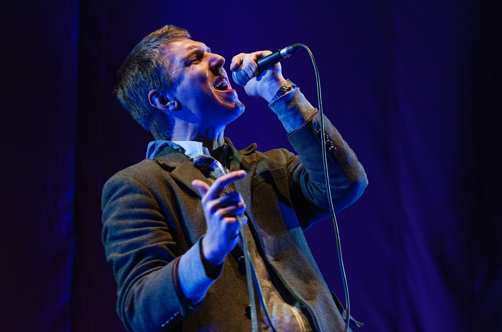 Hamilton Leithauser performs in London.