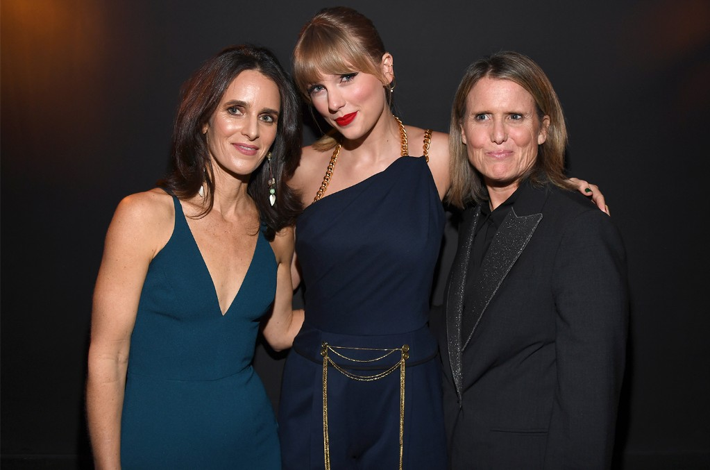 Hannah Karp, Taylor Swift and Deanna Brown