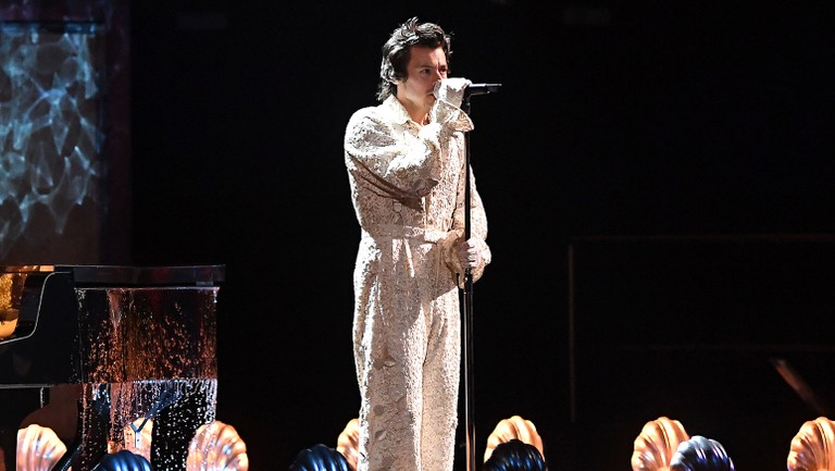 Harry Styles Lets The Music Flow With Falling At 2020 Brit Awards Billboard