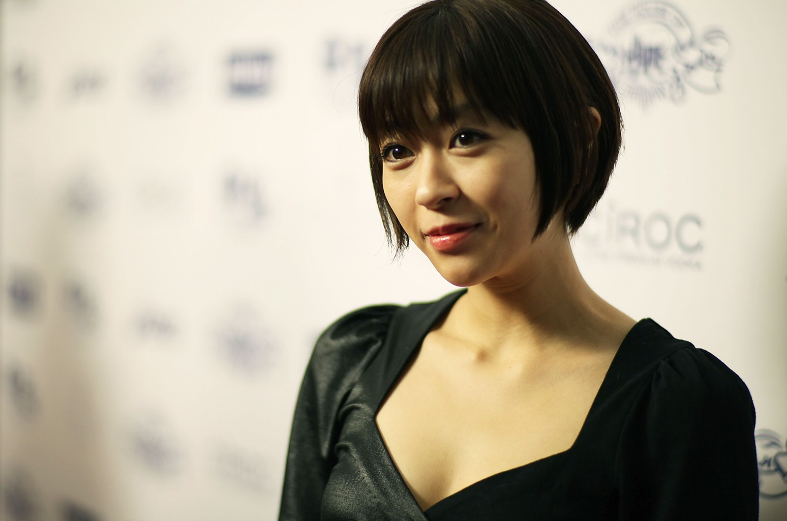 Who Is Hikaru Utada? 5 Things to Know About the Japanese Pop Star &  Skrillex Collaborator | Billboard