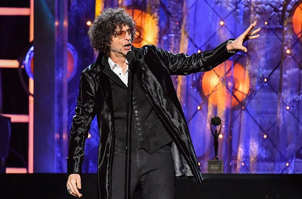 Howard Stern inducts Bon Jovi