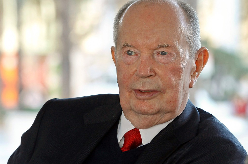 Jerry Perenchio attends a press conference at the Los Angeles County Museum of Art on Nov. 6, 2014.