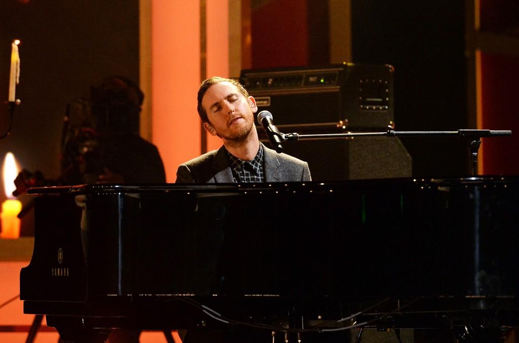 Jesse Carmichael of Maroon 5 performs in Los Angeles