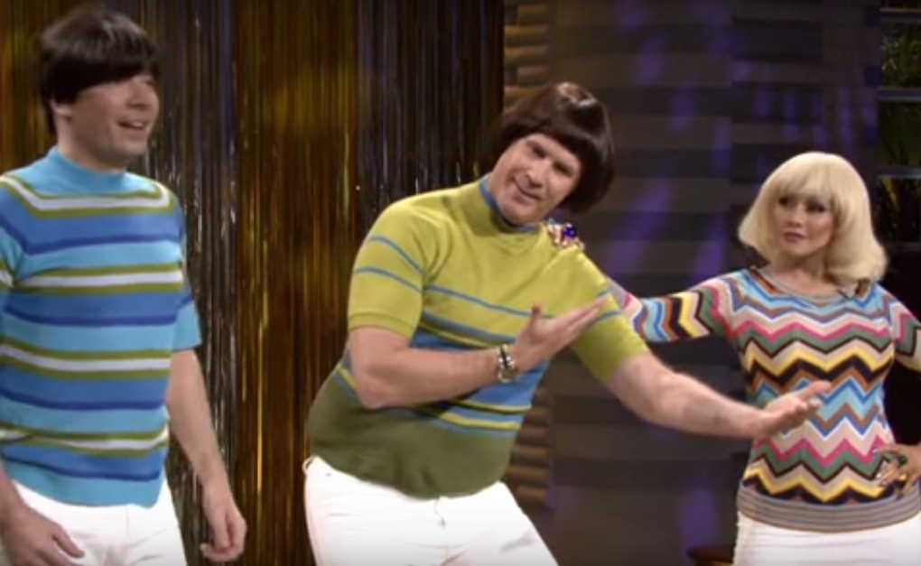 "Jimmy Fallon, Will Ferrell and Christina Aguilera perform ""Tight Pants"""