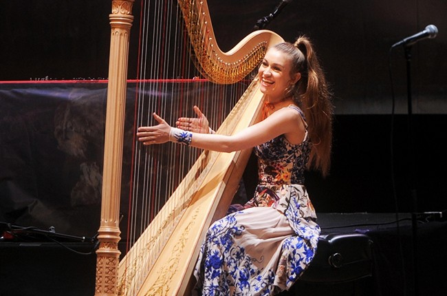 Joanna Newsom performing at the Orpheum Theatre on March 25, 2016.