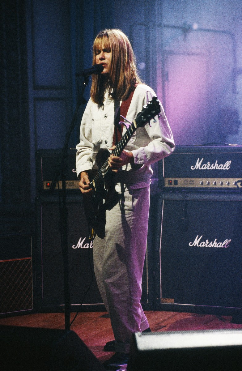 Juliana Hatfield performs on 'Late Night with Conan O'Brien' on Sept. 30, 1993.
