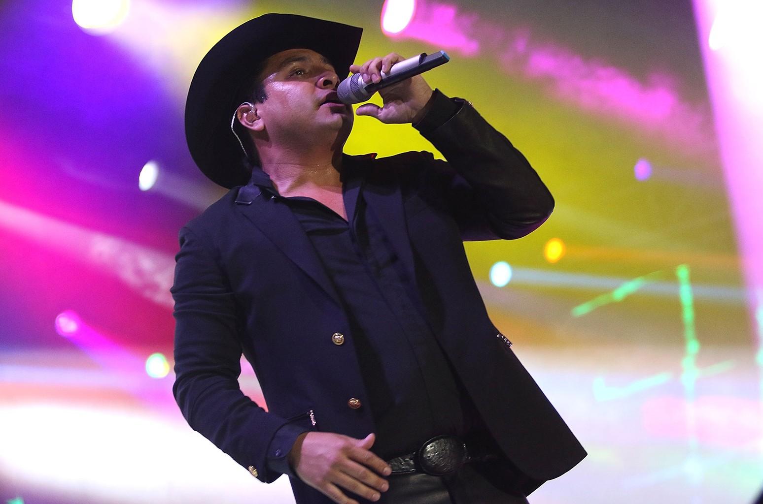 Julion Alvarez, 2015