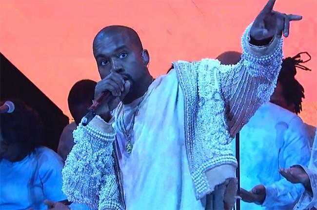 Kanye-performing-snl-screenshot-2016-billboard-650