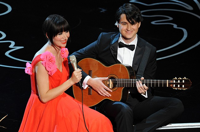 Karen O and Ezra Koenig