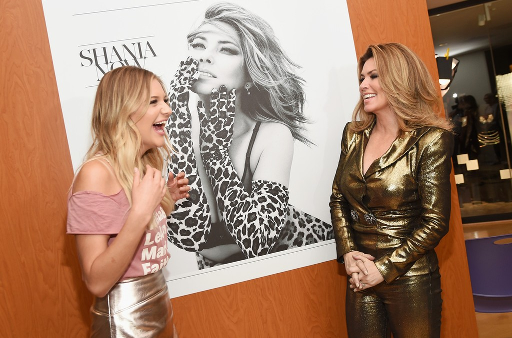 Kelsea Ballerini and Shania Twain view her exhibit opening at Country Music Hall of Fame and Museum on June 27, 2017 in Nashville.
