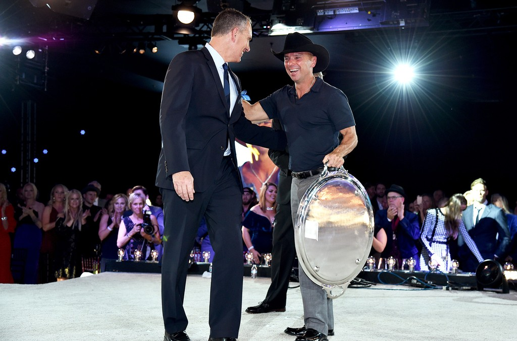 Kenny-Chesney-BMI-awards-2016-billboard-a-1548