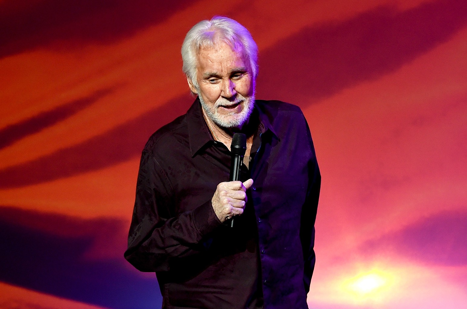 Kenny Rogers performs during his final world tour