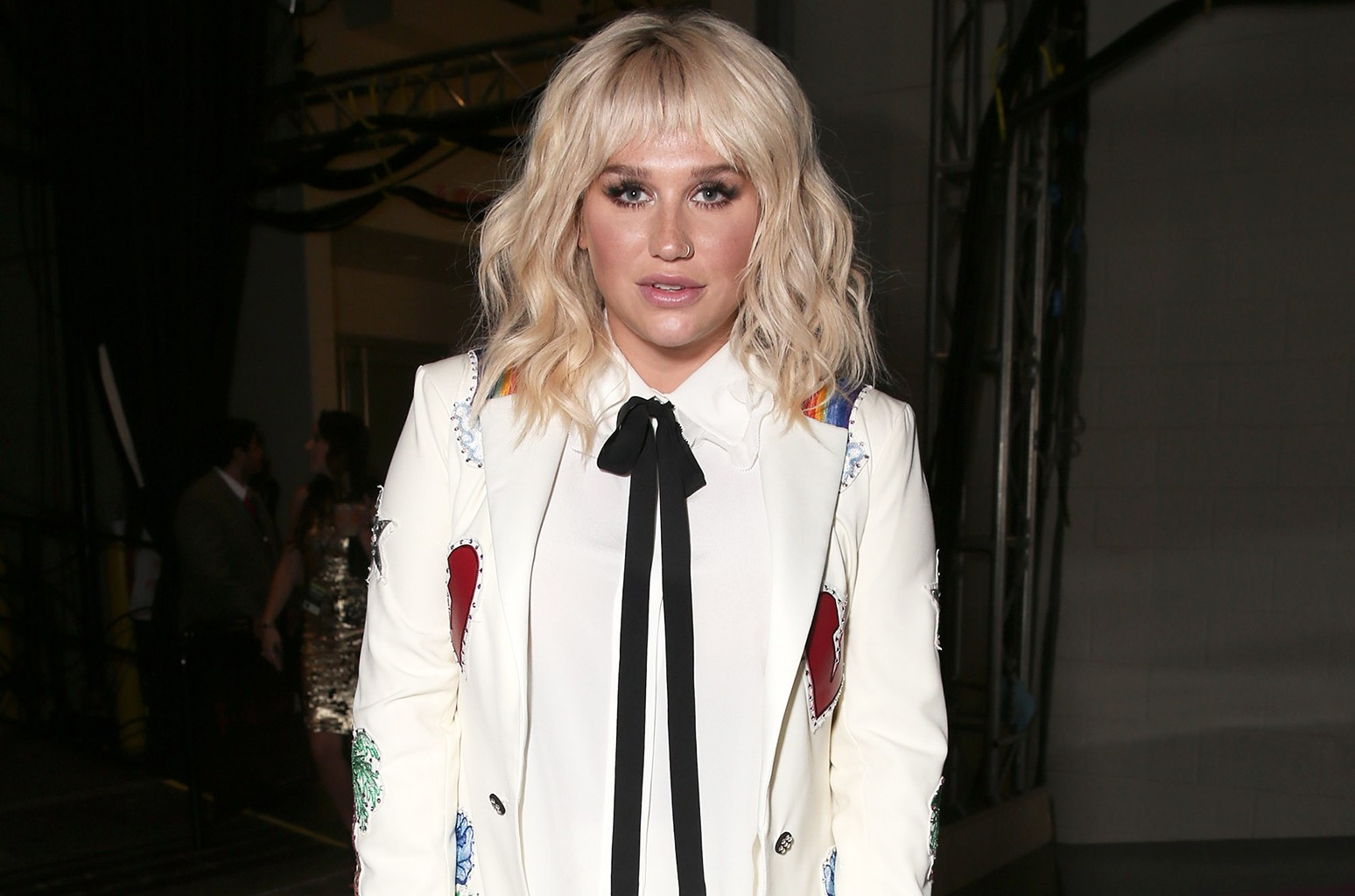 Kesha backstage at the 2016 Billboard Music Awards