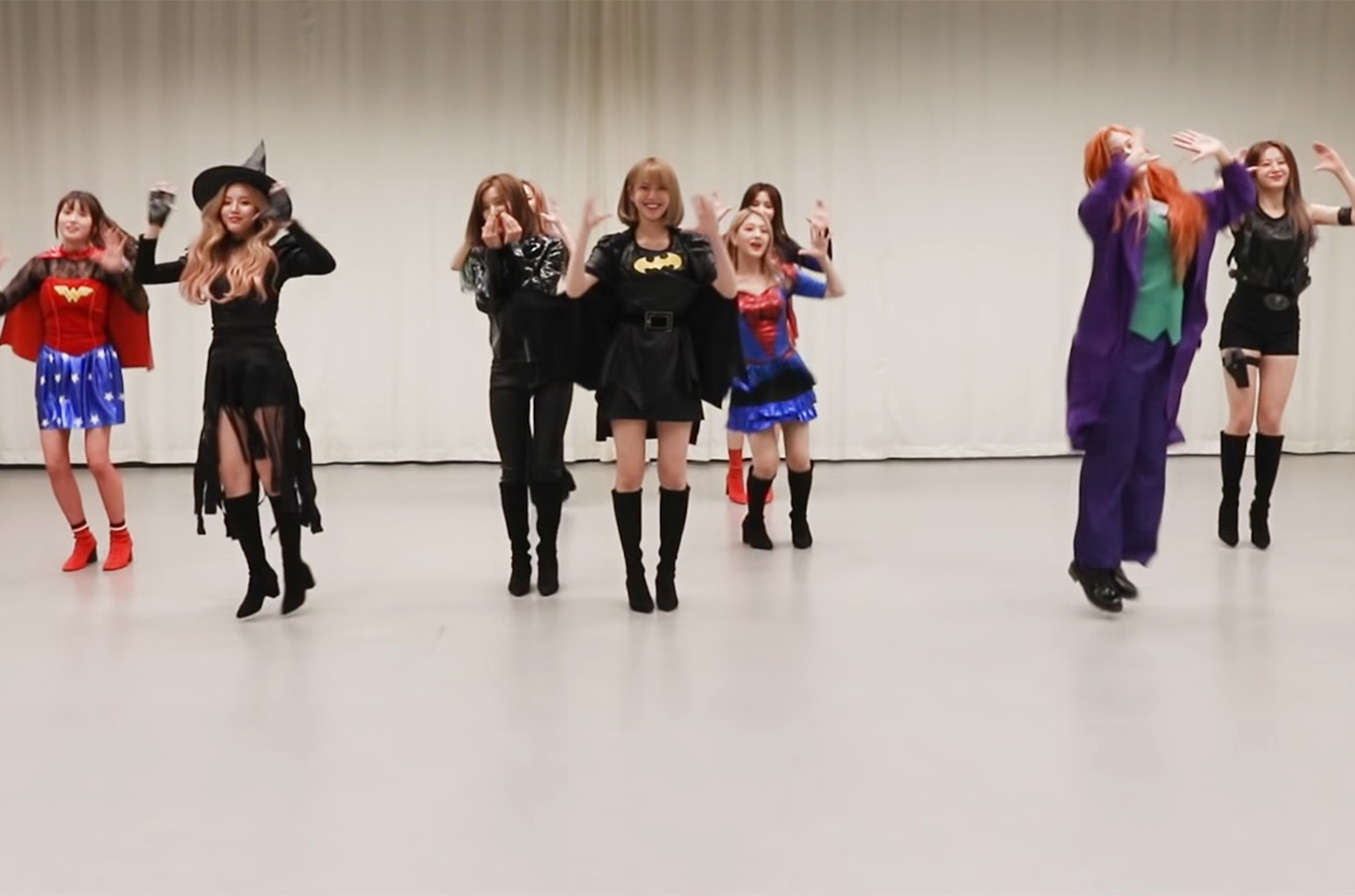 K Pop Stars Show Up For Halloween 2018 See Costumes By Twice Shinee Nct 127 More Billboard