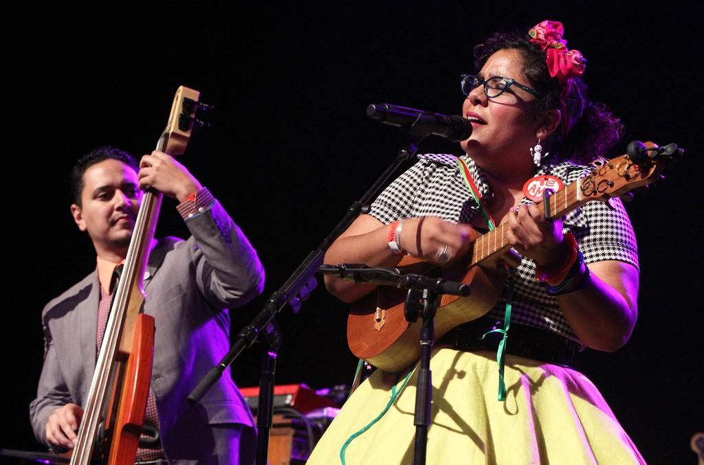 La Santa Cecilia perform in 2015